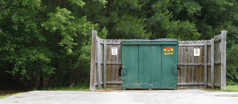 Dumpster Padding Cleaning